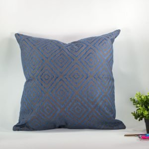 Hotte-Couture_Coussin_Velvo-Bleu_01