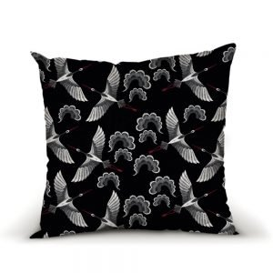 Hotte-Couture_Coussin_Okiya_01_Noir-Rouge